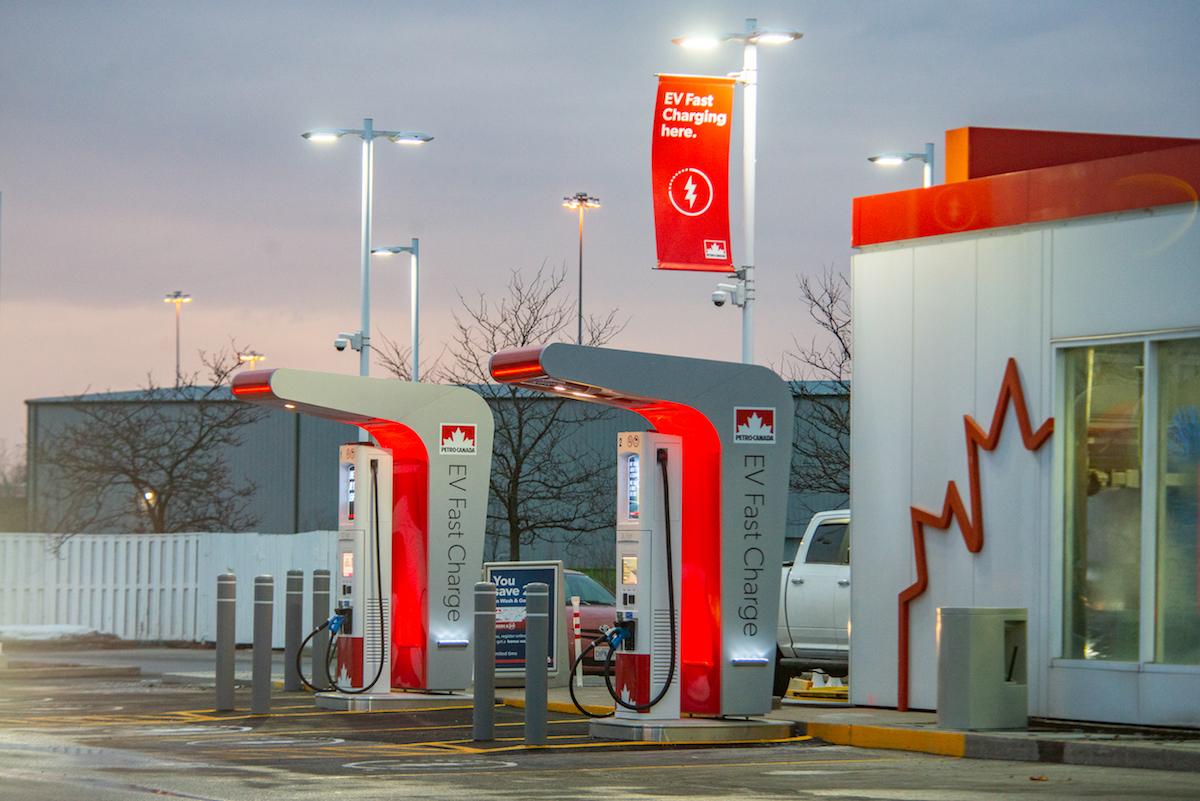 Petro-Canada recharge rapide pour véhicules électriques